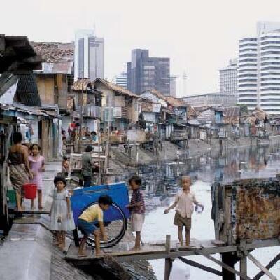 kids by shanties